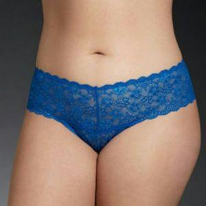 NWT! Torrid lace thong panty